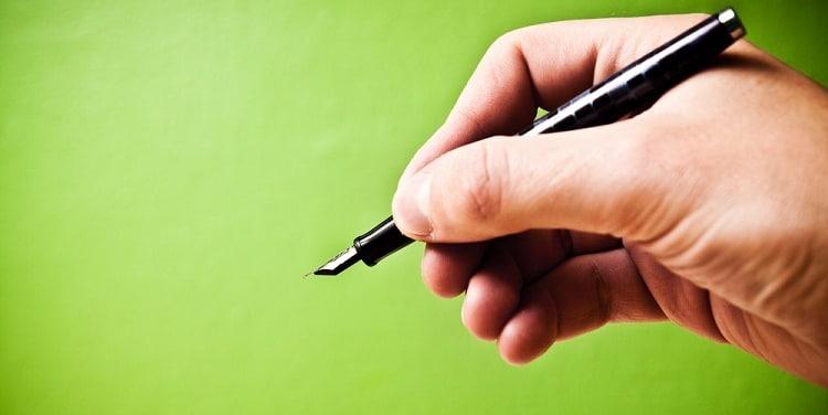 Een boekcontract sluiten met een uitgever? Lees deze tips